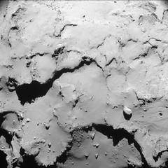 Comet from 18.1 km – NavCam