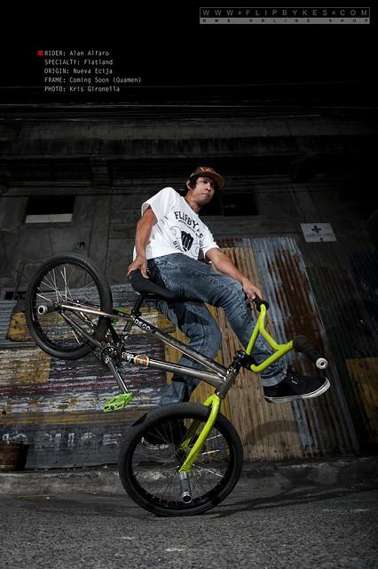 Flipbykes BMX Team Rider - Alan Alfaro (BMX Flatland)