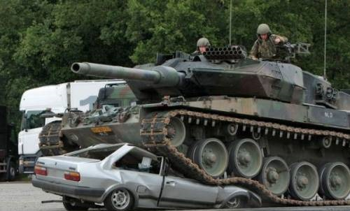 panzer-tank-vs-car-1