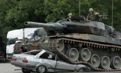 panzer-tank-vs-car-1