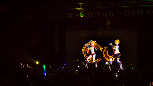 Unofficial Vocaloid concert by Synthesized Reality Productions. Pacific Media Expo 2013. [j]