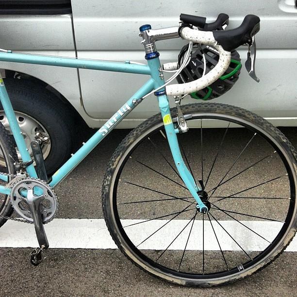 クロスチェック。54を60くらいにして、フラットバーでやってみたいが。もう自転車買わない!って自分に誓ったので、、