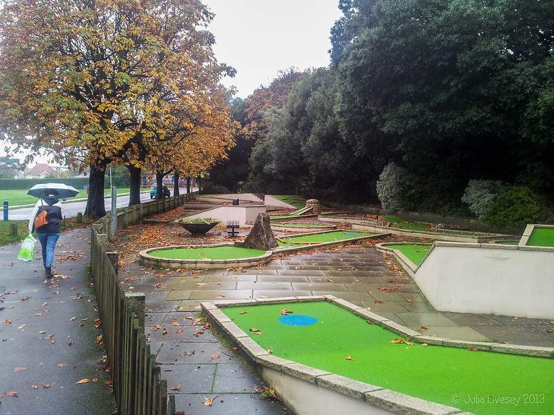 The crazy golf is deserted