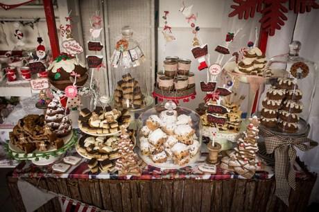 1st Christmas Cake Buffet of the Season