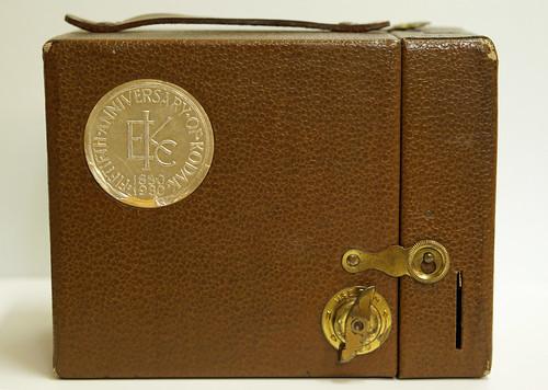Anniversary Kodak No. 2 Hawkeye Model C Box Camera