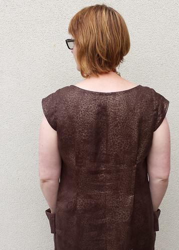 Vogue 8552 in leopard printed metallic coated linen.
