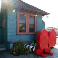 The Wicked Witch of the West got crushed under Alameda's Little House Cafe
