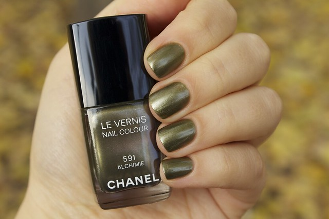 02 Chanel Alchimie swatches.png