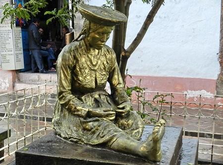 Cuzco Esculturas en la calle Perú 05