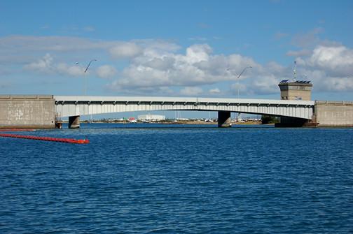 bridge to Sand Island