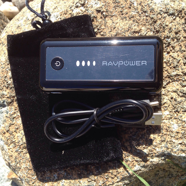RAVPower Element 5600mAh Power Bank - 2