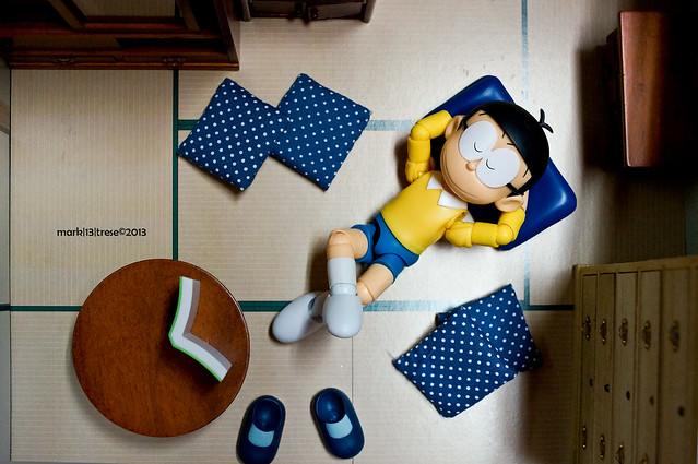 SH Figuarts Nobita of Doraemon sleeping in 1/12 Mitsuwa room when he's supposed to be studying