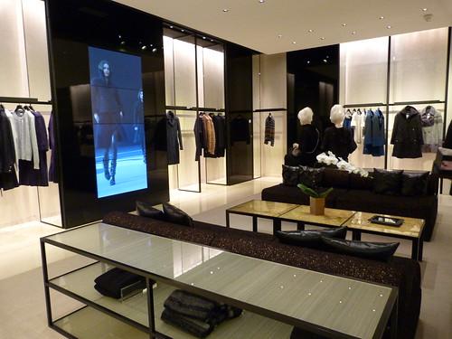 Chanel, rue Cambon, prete a porter