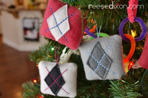 Argyle Pillow Ornament