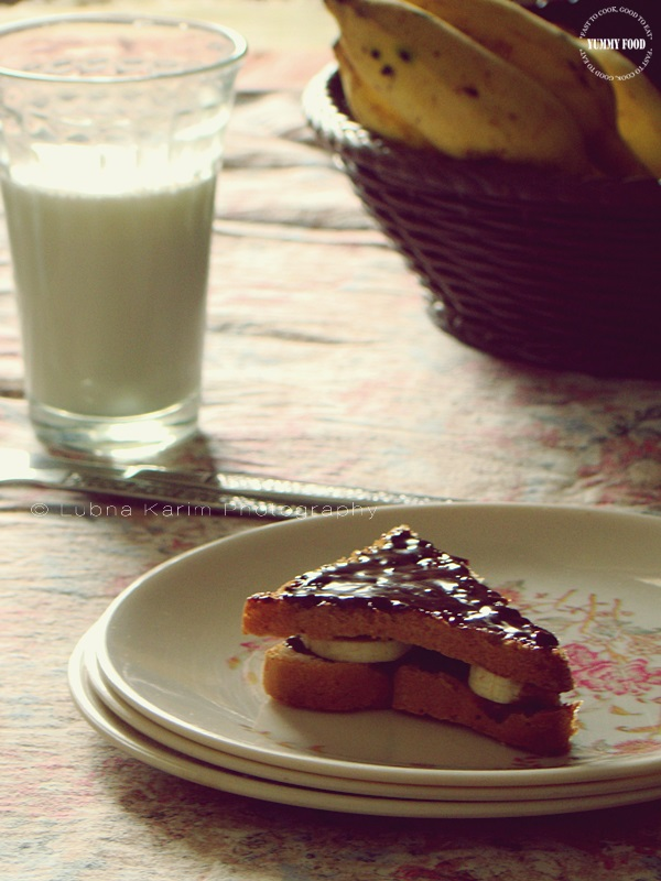 NUTELLA-BANANA SANDWICHES