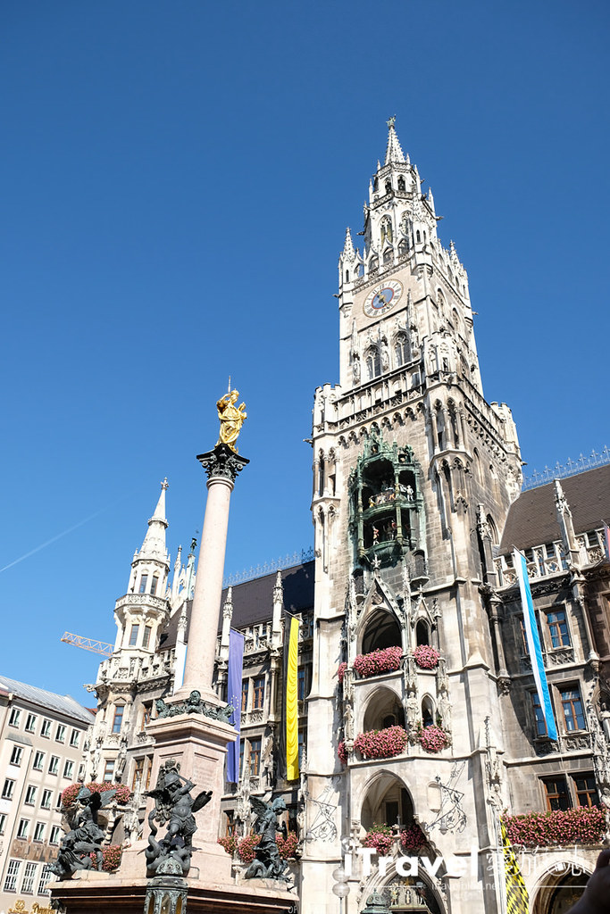 《慕尼黑景点推荐》玛利亚广场:木偶报时钟声中眺望市景