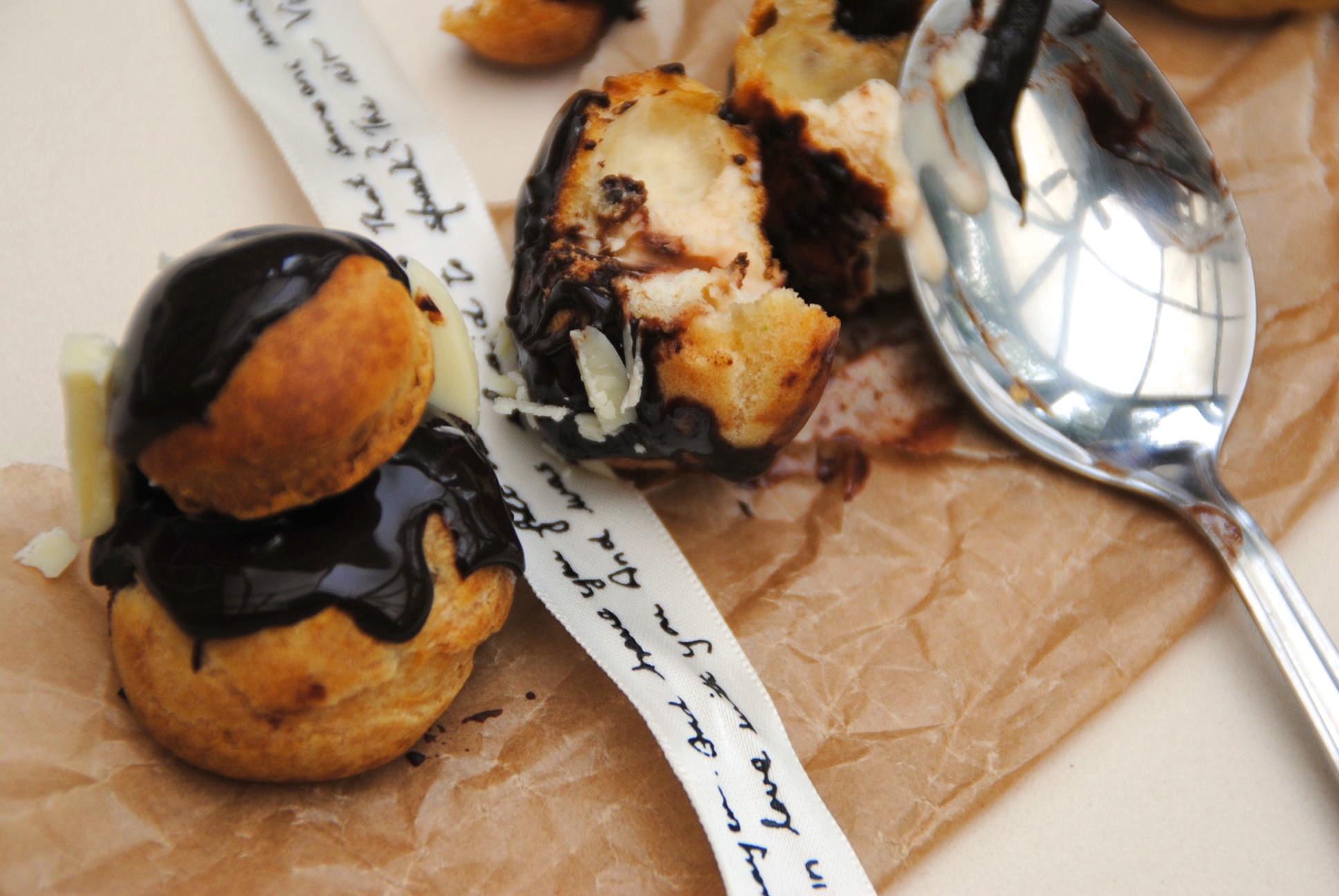 Chouxe bun religieuse chocolate bake off