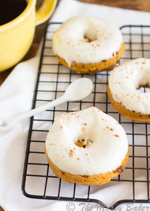 Skinny Pumpkin Cinnamon Chip Donuts with Maple Cream Cheese Glaze | www.themessybakerblog.com -8475
