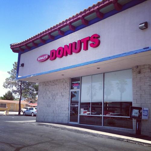 vegan doughnuts!