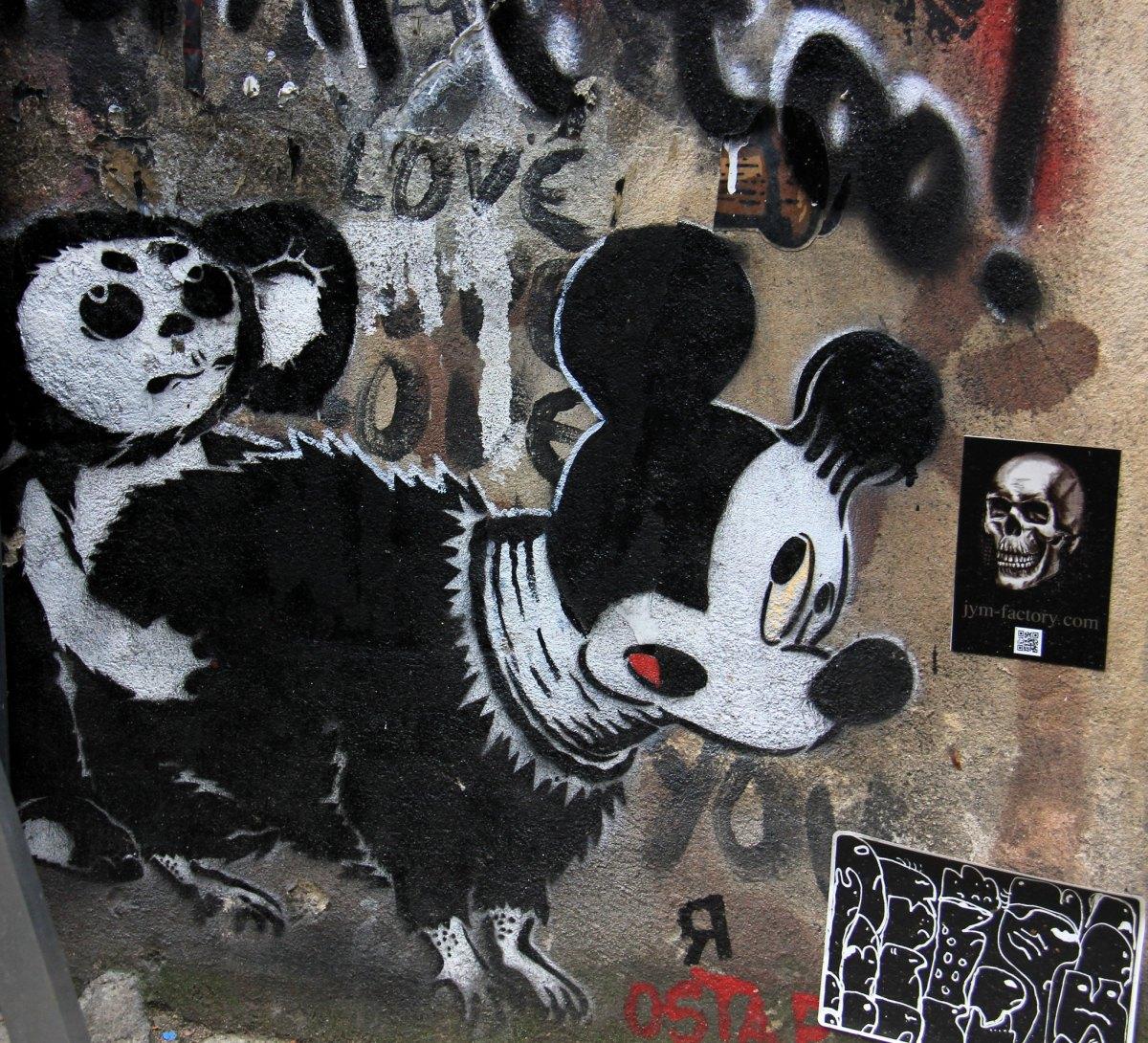 Berlin street art has a very addictive edginess