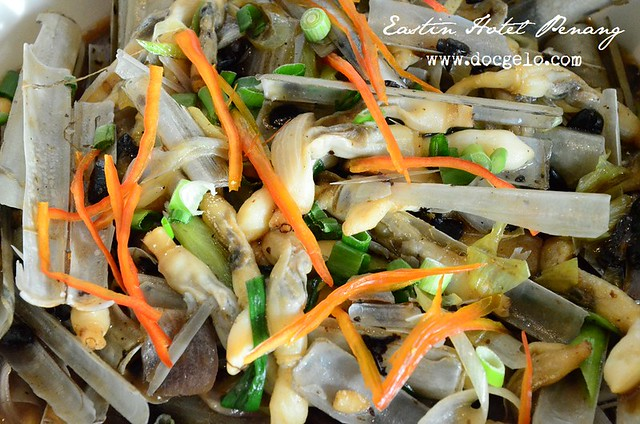 stir fried bamboo clam with black bean sauce
