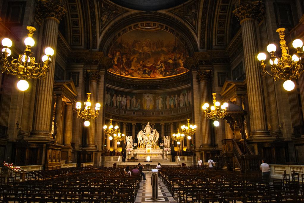Nef de l'église de la Madeleine