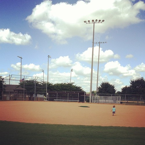 Gorgeous fall days and plenty of space for running #ballfield
