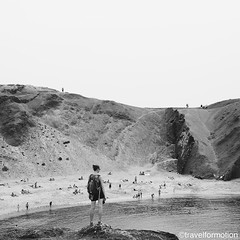 #lanzarote in #blackandwhite #blackandwhitephotography #beach #rocks #cliffs #españa #guardiantravelsnaps #people #vsco #vscocam #wanderlust #travel #travelgram #landscape