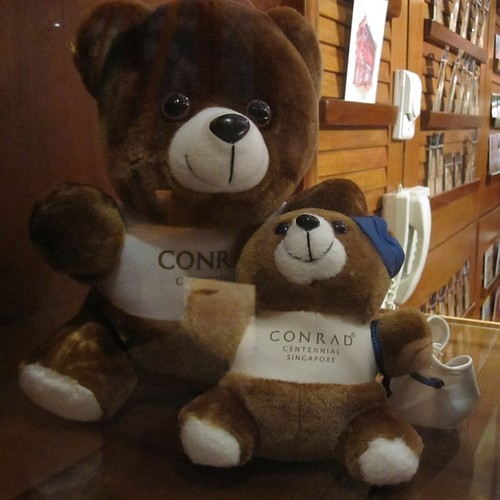 The Conrad Teddy Bears are adorable, I believe in Thailand they do elephants #singapore by @MySoDotCom