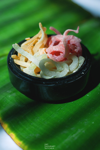 mứt dừa - candied coconut ribbons