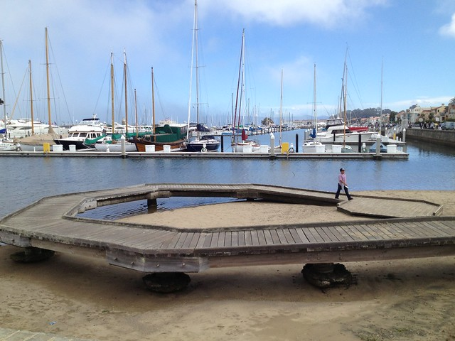 Hook-shaped dock