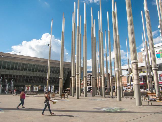 Parque de las Luces, with Biblioteca EPM in the background