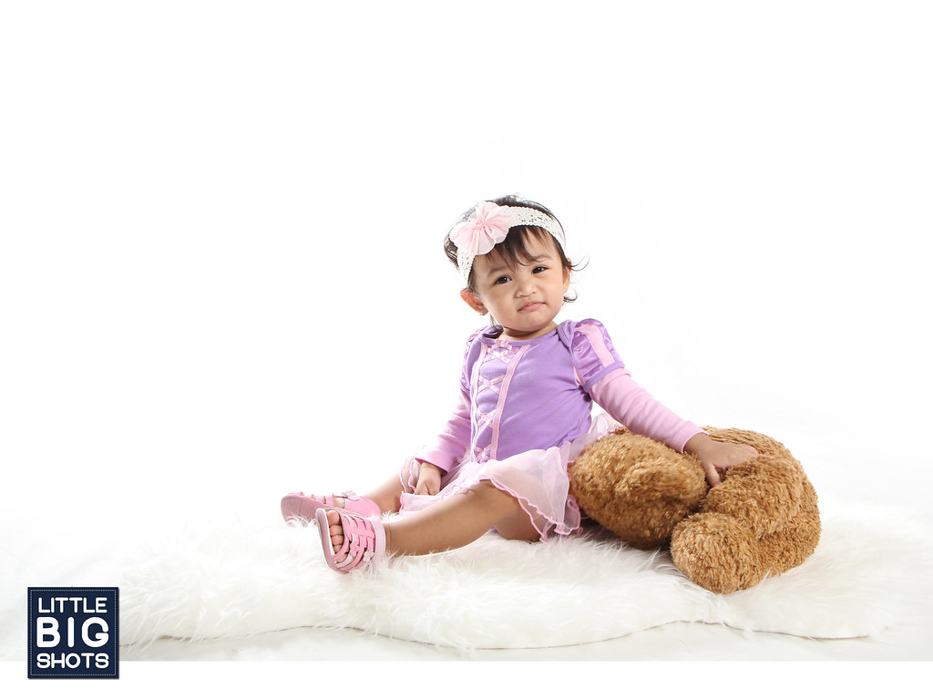 Little Princess | Family Studio Portraiture