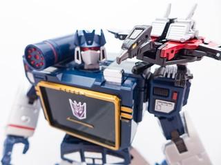MP_Soundwave_74