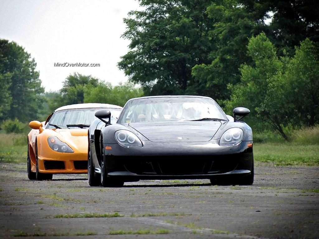 Porsche Carrera GT and Rossion Q1