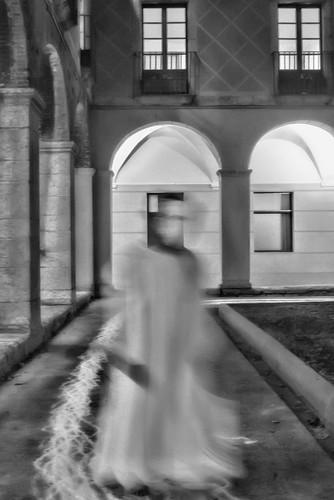 Entre els llençols by Joan Vinyoli