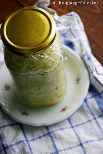 Sauerkraut im Glas by Glasgefluester 3