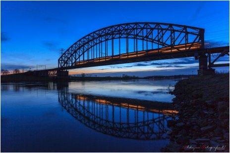 Bridge on Blue (5)