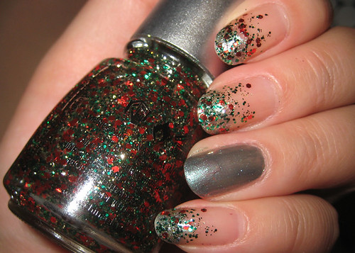 HOliday Nails Gradient Up