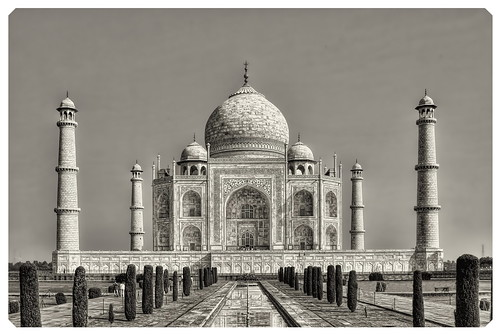 Agra IND - Taj Mahal 08 by Daniel Mennerich