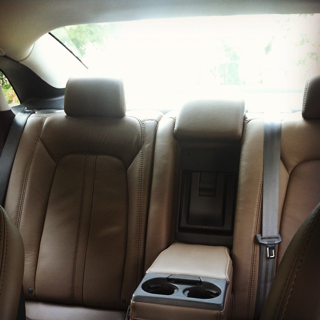 Amazing leather seating in @Lincolnmotorco #Lincoln #MKZ #hybrid #electric #car