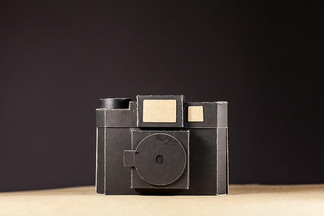 Pinolga camara estenopeica diy, cardboard camera, pinhole camera