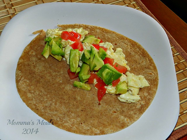 Egg & Avocado Breakfast Wraps (2)