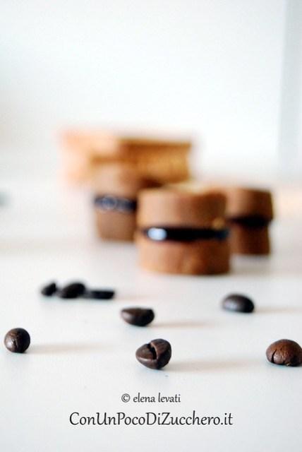 Dolcetti di riciclo al caffè e confettura 2