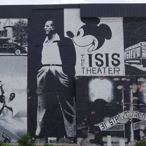 ISIS Theater跡地。