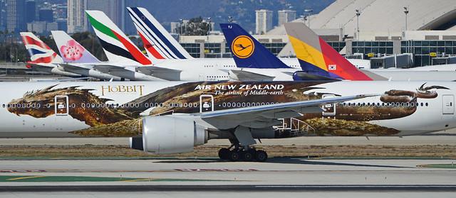 Smaug! (Boeing 777-300 'ZK-OKO')