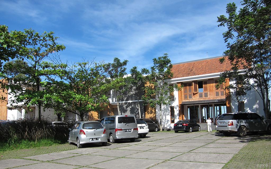 Stevie G Hotel Bandung