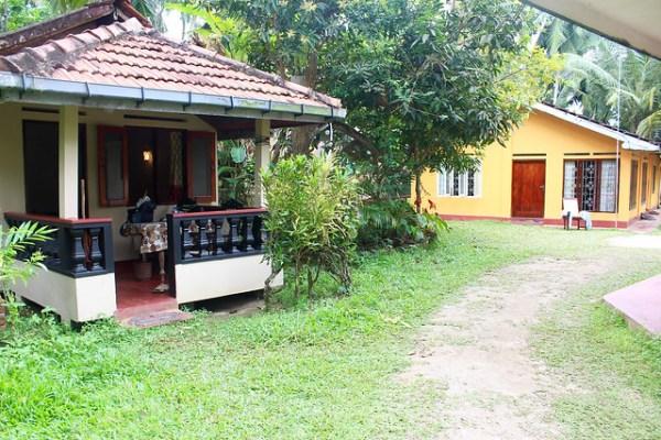 Village Inn, Uanawatuna 2016