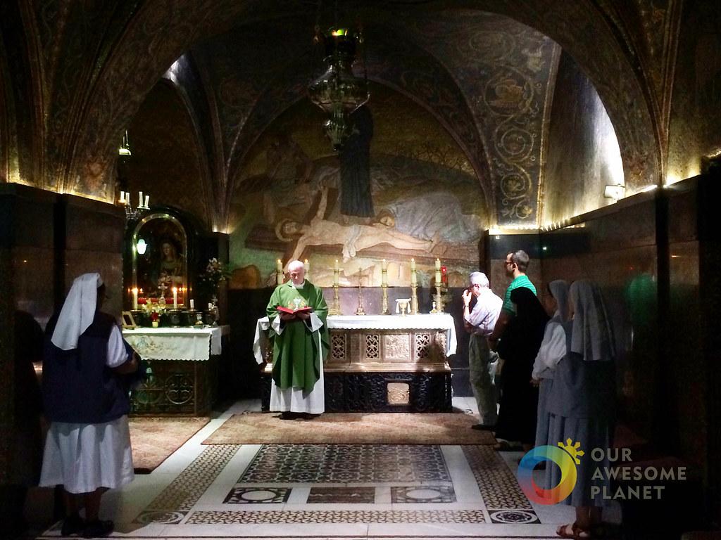 Mass at Church of Holy Sepulchre-9.jpg