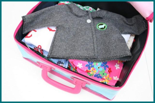 teenie-weenie clothes (packed)